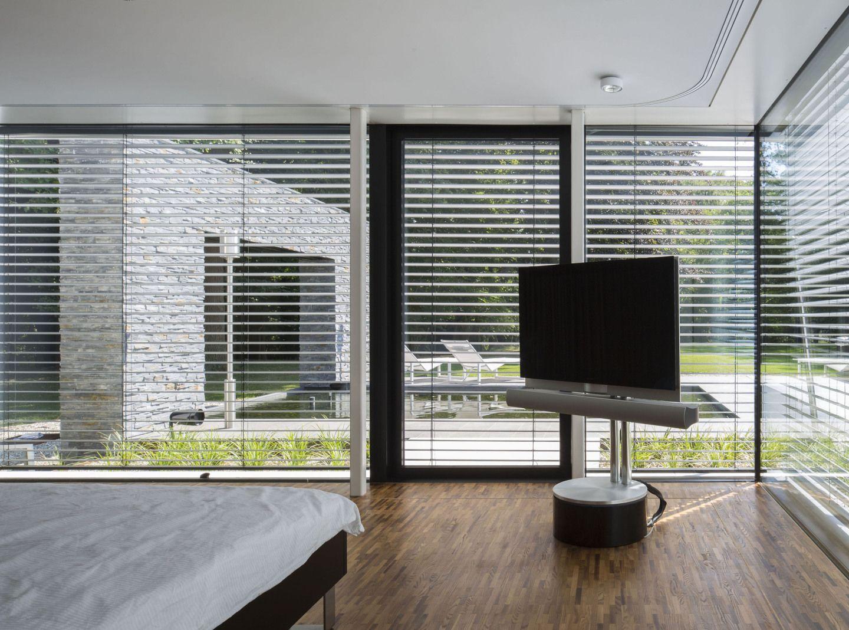 ein haus f r waldmenschen. Black Bedroom Furniture Sets. Home Design Ideas