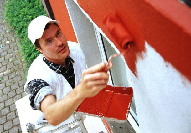 fassade streichen die richtige farbe f r optik und schutz. Black Bedroom Furniture Sets. Home Design Ideas