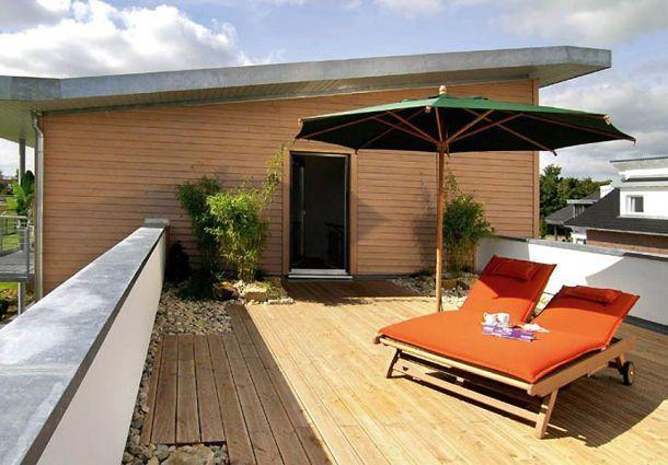 balkon und terrasse innovative gartenideen f r freipl tze. Black Bedroom Furniture Sets. Home Design Ideas