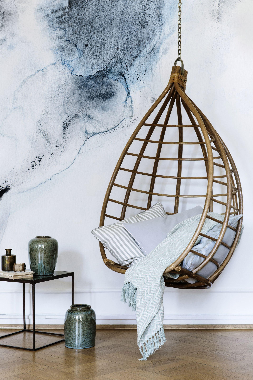 h ngesessel aus rattan. Black Bedroom Furniture Sets. Home Design Ideas