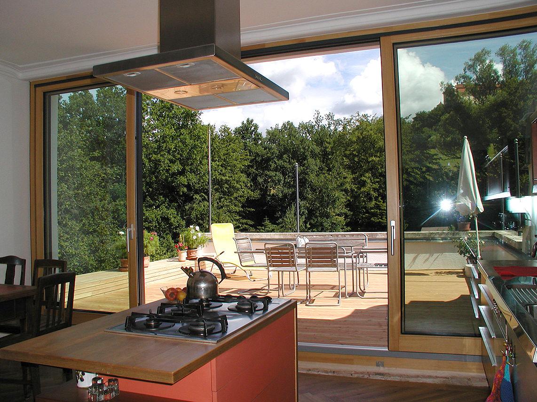 offene k che zur dachterrasse. Black Bedroom Furniture Sets. Home Design Ideas