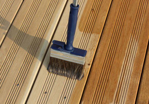 Gartenmobel Im Globus Baumarkt : Holzterrasse winterfest machen Die richtige Pflege gegen Nässe und