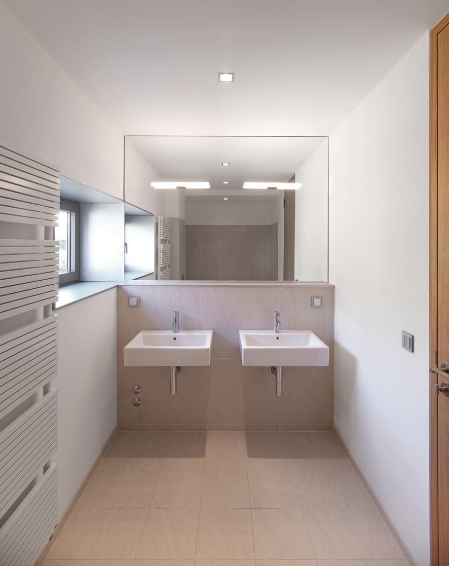 eckig und modern. Black Bedroom Furniture Sets. Home Design Ideas