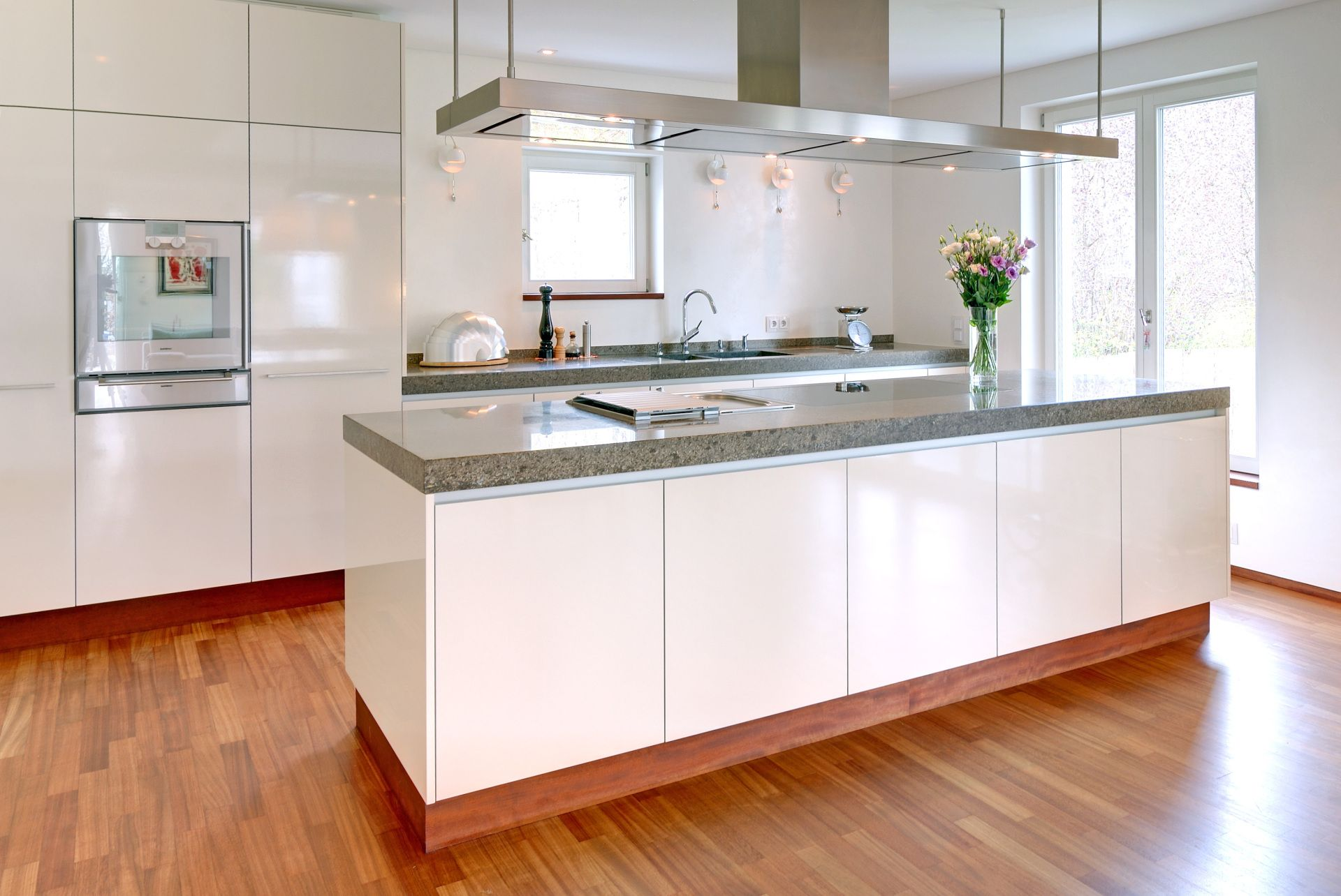 naturstein arbeitsplatte in modern rustikaler k che. Black Bedroom Furniture Sets. Home Design Ideas